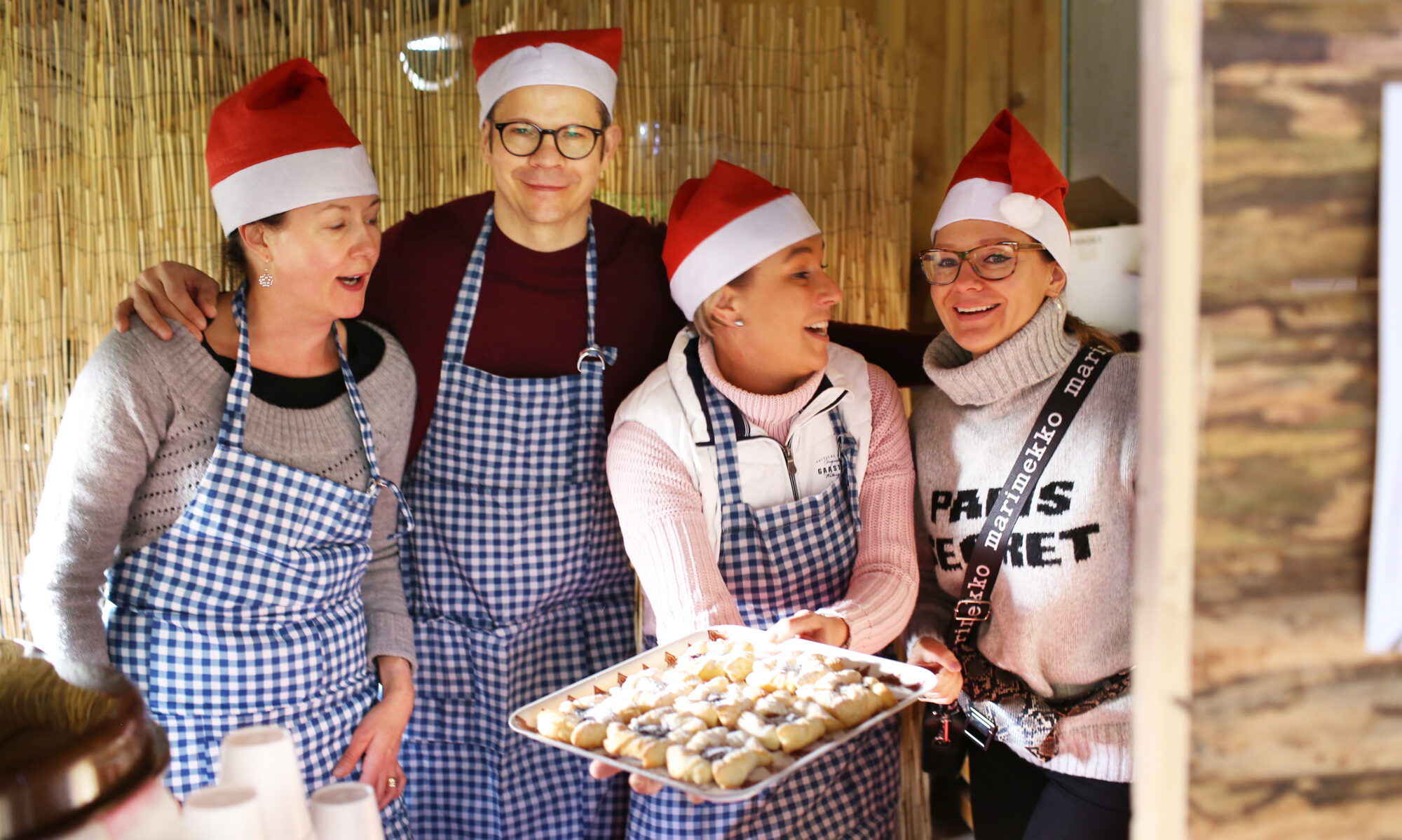 Hyvää joulua! Frohe Weihnachten wünscht das JoMa team. Bleibt Gesund!